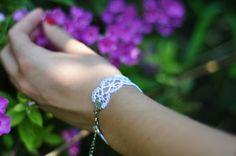 Amarilla karkötő Diamond, Bracelets, Jewelry, Fashion, Yellow, Moda, Jewlery, Bijoux, Fashion Styles