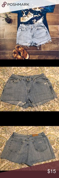 Lee Riders homemade cut off shorts size 14 Lee Riders homemade cut off shorts 14. This is a great pair of homemade cut off shorts. They are missing a belt loop. They have the perfect amount of fraying and fringe. Please view all pictures. Lee Shorts Jean Shorts