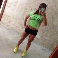 https://www.facebook.com/AtletaRobertaZuniga/photos/pb.178677265606489.-2207520000.1421961488./476775982463281/?type=3