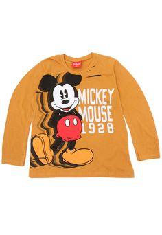 Camiseta Kamylus Menino Mickey Amarela Winter Baby Boy, Kids Shirts, Mickey Mouse, Graphic Sweatshirt, Halloween, Sweatshirts, Sweaters, Outfits, Fashion