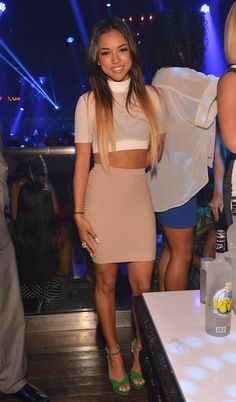 Petite celebrity style bomb :: Karrueche Tran