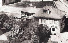 Anii 1860 , actuala Piata a Universitatii . My Town, Modern, Painting, Outdoor, Vintage, Beautiful, Restaurant, Memories, Houses