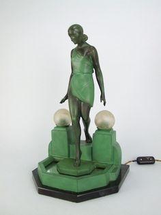 Fayal table lamp