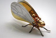 Resultado de imagen para esculturas de insectos en metal
