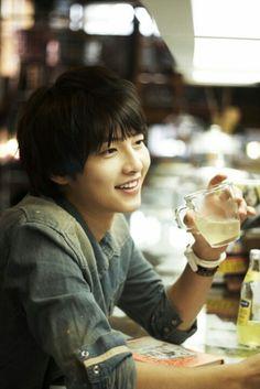 He's my mood booster #songjoongki