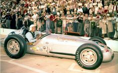1960 - Bill Homelier's (#39) Kuzma-Offenhauser – Qualified: 31st, Speed (141.240 mph) Finished: 13th, 12:10.71 Back