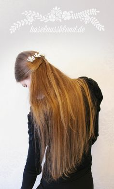haselnussblond - eat♥braid♥love - long fine hair with flowers, half-up hairstyle