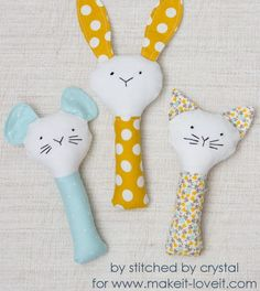 Plush Rattle Sewing Pattern | Create a quick and easy DIY baby shower gift with this sewing pattern!