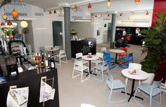 ERA Svět CAFé Prague CZ #concept 12-25 ('s) #DARK glossy colors #lighting #BULB #project at Czech Republic