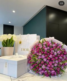 Boquette Flowers, Beautiful Bouquet Of Flowers, Luxury Flowers, Flowers Nature, My Flower, Beautiful Flowers, Birthday Goals, Luxury Lifestyle Fashion, Happy Party