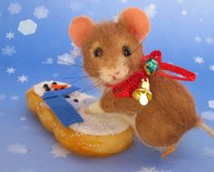 Needle Felted Art by Robin Joy Andreae: A Little Mouse and her Christmas Cookie