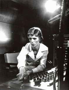 Diamond Dogs - David Bowie Through the Years