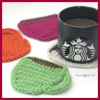 Starbucks Core Coffee Series and Crochet Coffee Coasters - Repeat Crafter Me. Coffee and yarn, a match made in heaven! Crochet these coffee coasters with Vanna's Choice in 4 of your favorite colors. Pattern calls for a size H crochet hook. Crochet Kitchen, Crochet Home, Crochet Gifts, Diy Crochet, Quick Crochet, Thread Crochet, Double Crochet, Single Crochet, Yarn Projects