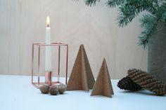 Farbdoktor DIY Korkbäume  Diese kleine minimalistische Weihnachtsdeko zum Zusammenstecken habe ich aus einem Kork- Tischset hergestellt und ist in wenigen Minuten gemacht.
