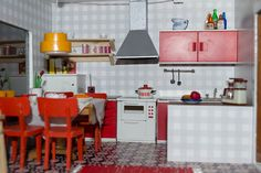 Modern-retro mini kitchen in a Lundby doll's house