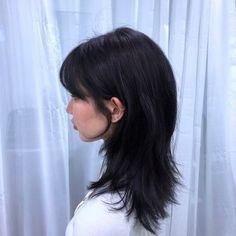 Cut My Hair, Hair Cuts, Hair Inspo, Hair Inspiration, Cabelo Inspo, Medium Hair Styles, Curly Hair Styles, Asian Short Hair, Short Punk Hair