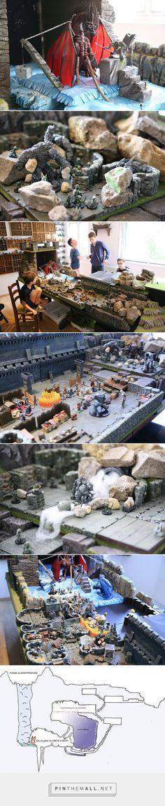 Aventure de jeu de role La communaute du Tombeau  RPG 28mm terrain, jdr, decors en 3 dimensions  Colossal red dragon, dracosire, donjon, dwarven forge - created via https://pinthemall.net