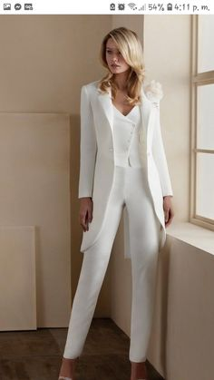 Wedding Pantsuit, Wedding Suits, Tuxedo Wedding, Wedding Dresses, Chic Outfits, Dress Outfits, Fashion Outfits, Dress Pants, Suit Fashion