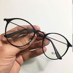 Lunettes new fashion you may get a new look top sale glasses eyewear fashion eyewear sunglasseseye Stylish Sunglasses, Cat Eye Sunglasses, Sunglasses Women, Glasses Frames Trendy, Glasses Trends, Lunette Style, Fashion Eye Glasses, New Glasses, Mode Outfits