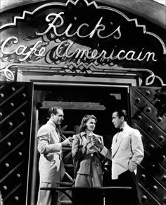 Humphrey Bogart, Ingrid Bergman and Paul Henreid in Casablanca (1942)