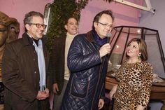 At the famous Antiques Diva Paris Flea Market party held each January during maisonobject Paris Flea Market Toma Clark Haines The Antiques Diva ElleDecor Timothy Corrigan Michael Boodro