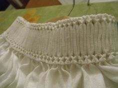 (This is a series of images of a project, I've only pinned the close-up. Click the link to see the whole thing) Collar Detail 7 Renaissance Shirt, Renaissance Clothing, Historical Clothing, Renaissance Fashion, Meme Costume, Larp, 16th Century Fashion, German Costume, German Outfit