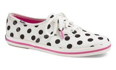 Keds Shoes Official Site - Keds x kate spade new york Champion. Polka Dots are so cute with any outfit Women's Lace Up Shoes, Me Too Shoes, Kate Spade Keds, Keds Shoes, Black Dots, Black White, Teen Vogue, Casual Sneakers, Coco Chanel