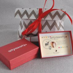 Each Arty Smarty necklace and brooch comes packaged in a lovely red box and we can wrap and include a gift tag with a personal message also if you'd like...  #artysmarty #gifts #accessories #fashion #handmadejewelry