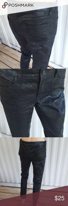 8 bisou bisou black on black print straight leg Really neat shiny black on black floral and Lace print straight leg pants by bisou bisou size 8 perfect condition 73% cotton 26% polyester 1% spandex does have some stretch to them. Bisou Bisou Jeans Straight Leg