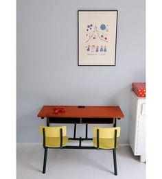 fc44249517 Just love this desk table! Would your kid? Mesa De Escritorio, Just Love