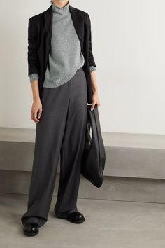 Gray Kensington cashmere turtleneck sweater | THE ROW | NET-A-PORTER Turtleneck Style, Cashmere Turtleneck, Just Style, The Row, Fashion News, Knitwear, Midi Skirt, Ready To Wear, Luxury Fashion