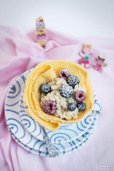 Ein leckeres Reispalatschinken-Rezept von Cookingcatrin - hier entlang #gmundner #keramik #handbemaltes #geschirr #interior Food Journal, Recipe Journal, Good Food, Yummy Food, Köstliche Desserts, Recipes From Heaven, Snacks, Waffles, Pancakes