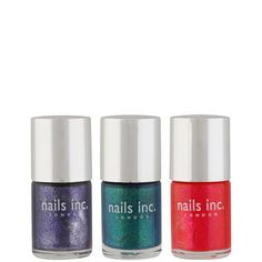 We had our own 'OMG' moment when we saw this beauty bargain! Three shimmering Nails Inc. shades for just £11.04! That's a scintillating saving of 67%! The OMG Collection contains: 	Waterloo Place (Pink), Prince Albert Road (Blue) and Regents Park Road (Turquoise). #nailart #sparkle
