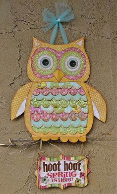 paper crafted owl -- love things that look scrapbook related! Owl Crafts, Crafts For Kids, Arts And Crafts, Paper Crafts, Fabric Crafts, Dac Diy, Craft Projects, Sewing Projects, Owl Classroom