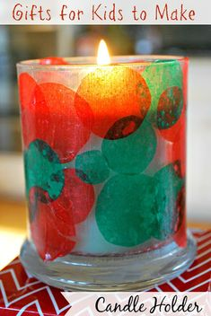 Kids Christmas Craft – Candle Holder Gifts for Kids to Make – Candle Holder. This kids Christmas craft is simple gift a child can give to a grandparent, teacher etc… Kids Crafts, Christmas Crafts For Kids To Make, Preschool Christmas, Kids Christmas, Holiday Crafts, Gifts For Kids, Christmas Gifts, Homemade Christmas, Holiday Fun