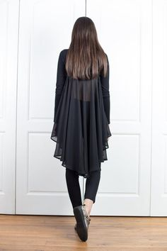 Black Top With Flare Back Asymmetrical Tunic Top Chiffon Tunic Blouse, Ruffle Blouse, Tunic Tops, Plus Size Kleidung, Asymmetrical Tops, Long Sleeve Tunic, Modern Fashion, Blouses For Women, Plus Size Outfits