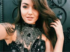 This is absolute beauty 😍😍 Video Chat, Hande Ercel, Turkish Beauty, Turkish Actors, Girl Face, Celebs, Celebrities, Beautiful Actresses, Most Beautiful Women
