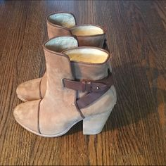 Rag & Bone Kinsey Boot Brown Rag & Bone Kinsey boot size 6.5. Great condition, barely worn. rag & bone Shoes Ankle Boots & Booties