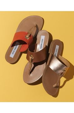 Sandals Summer Loving these chic flat thong sandals from Steve Madden. They serve as an essential update to any warm-weather style. - There is nothing more comfortable and cool to wear on your feet during the heat season than some flat sandals. Flip Flop Sandals, Women's Shoes Sandals, Leather Sandals, Flat Sandals, Flip Flops, Cute Shoes, Me Too Shoes, Nordstrom Boots, Summer Loving