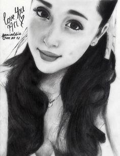 es un dibujo que hice de ariana grande , yo la amo I love ari ♥ ♥