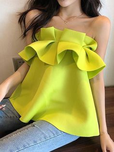 One necked strapless vest beach seaside vacation top – Jartini women tops women shirts blouse shirts blouses classy shirts women blouse casual casual shirts Classy Dress, Classy Outfits, Chic Outfits, Fashion Outfits, Womens Fashion, Latest Fashion, Dress Outfits, Fashion Online, Jugend Mode Outfits