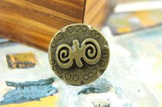 Strange Double Spiral Emboss Pattern Weighty Copper Large Buttons