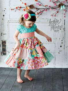 The Blossom dress by Corinna Couture Easter 2013 (etsy shop with lots of peasant style little girl dresses) Little Girl Outfits, Cute Outfits For Kids, Little Girl Fashion, Little Girl Dresses, Kids Fashion, Girls Dresses, Summer Dresses, Patchwork Dress, Sewing For Kids