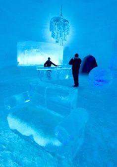 Village des neiges: dormir sous la glace | Ariane Krol | Montréal