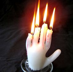 DIY - How to Make Hand Candles! (Source : http://www.instructables.com/id/How-to-Make-Hand-Candles/)