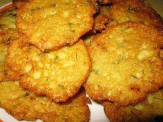 Reteta culinara Chiftelute din cartofi din categoria Aperitive / Garnituri. Specific Romania. Cum sa faci Chiftelute din cartofi