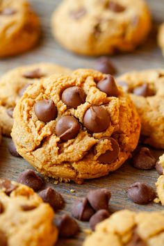 Peanut Butter Cup Cookies... these cookies are insanely delicious! Slightly crisp outside with a chewy center- they are perfection!