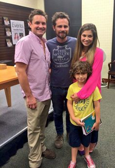 Will Friedle and Rider Strong surprised Danielle Fishel at her book signing in LA on at The Grove, Barnes & Nobles. August Maturo was also in attendance. Will Friedle, Girl Meets World Cast, Cory Matthews, Rider Strong, Danielle Fishel, World Quotes, Book Signing, Celebs, Celebrities