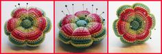 Lovely crocheted pincushion handmade and found via the Dutch blog Mums Boven  Pretty right?