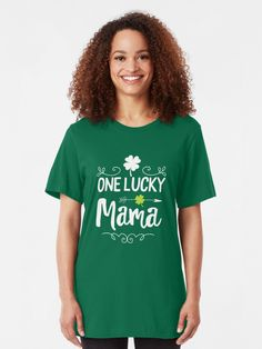 Women/'s Relaxed T-Shirt St Patrick/'s Day One Lucky Grandma